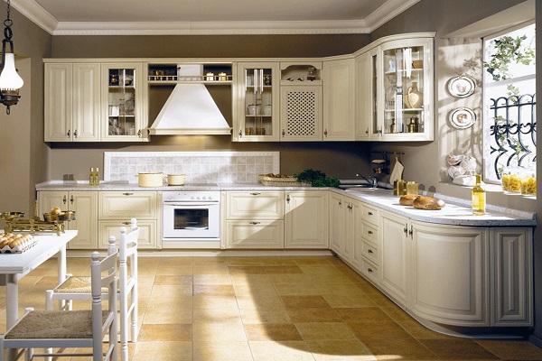 Белая кухня в стиле кантри: фото интерьера