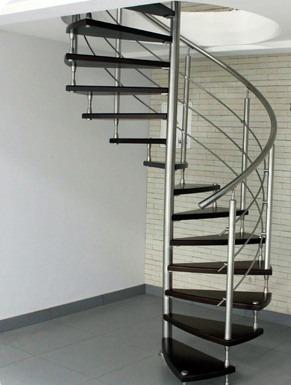 Хромированная сталь в дизайне интерьеров – что говорят дизайнеры