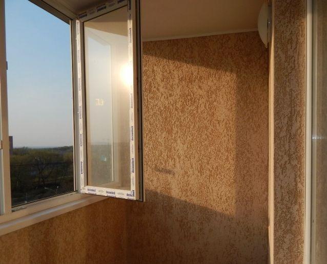 Отделка балкона декоративной штукатуркой: преимущества и особенности