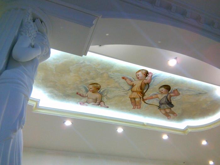 Роспись стен и потолка. Эксклюзив в интерьере