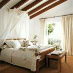 Тропический стиль в спальне
