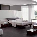 Дизайн спальни загородного дома с панорамными окнами