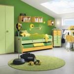 Фото дизайна комнаты для мальчика-подростка на мансарде
