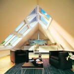 Фото интерьера кухни на мансарде
