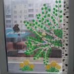 Украшение окна к весне