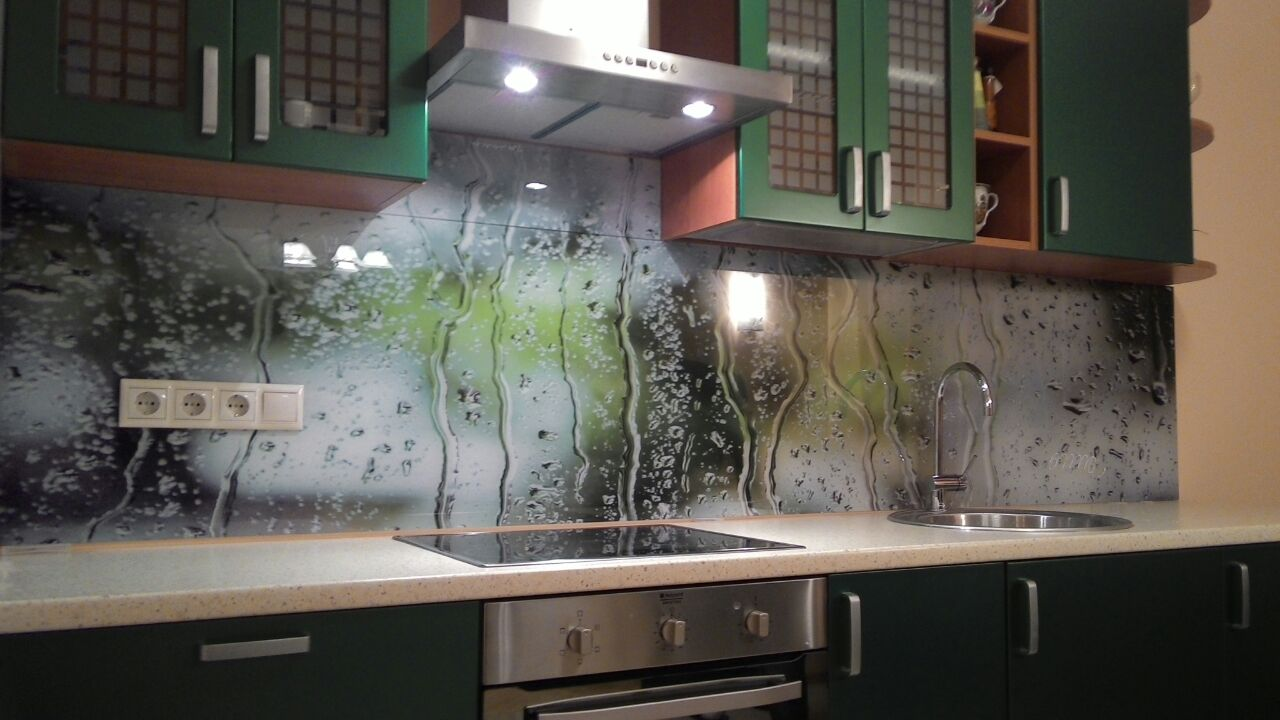 Дешевый вариант скинали фартук для кухни из акрила с фотопечатью