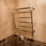Как выбрать полотенцесушитель для ванной комнаты?